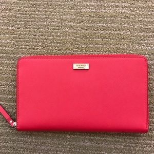 NWT Kate spade red large zipper wallet